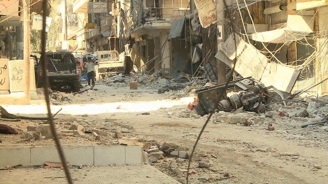 破壊されたアレッポの町=8月 (CNN) イラク内務省当局者は8日、隣...  シリア内戦がイラ
