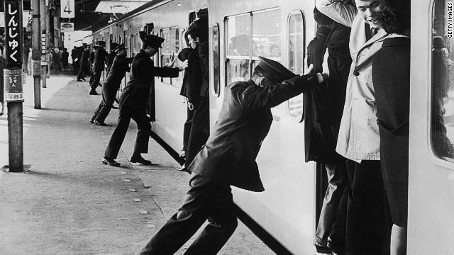 1967年当時の新宿駅の様子