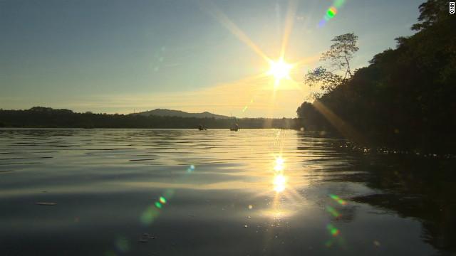 CNN.co.jp : 「世界一危険」な湖? 毎年5000人が死亡 ビクトリア湖 ...