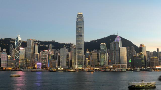 香港(CNN) 香港政府がプライバシー保護強化を理由に、これまで会社の...  香港政府、経営者