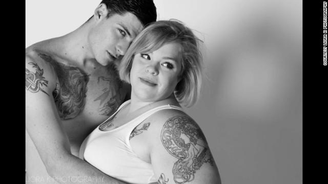 写真特集:アバクロのパロディー広告「Attractive & Fat」