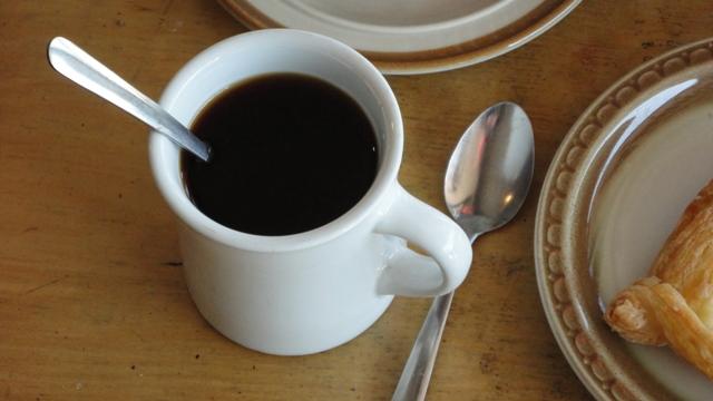 1日4杯超コーヒー飲む人は早死にする? 米研究