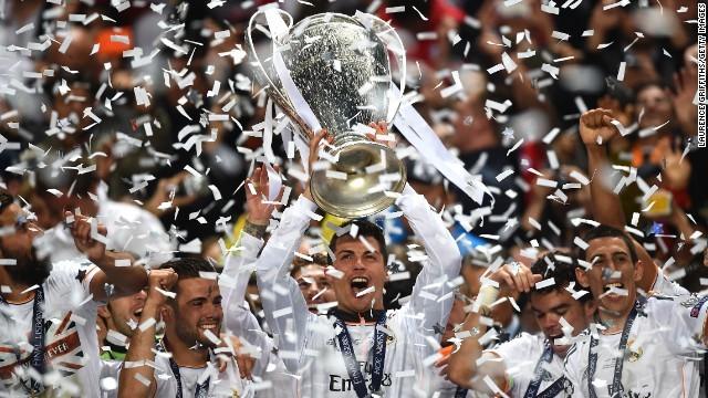 レアル・マドリードが10度目の優勝を決めた (CNN) サッカーの欧州... レアル・マドリード