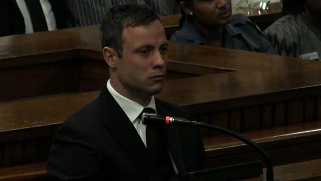 オスカー・ピストリウス被告 (CNN) 南アフリカの義足ランナー、オス...  ピストリウス被告