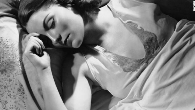 「寝不足はIQ低下を招く」専門家が警告