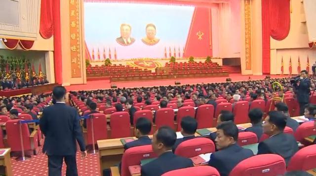 北朝鮮、党大会を初めて外国報道陣に公開 CNNも中に