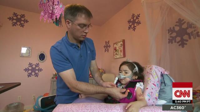 CNN.co.jp : 「病院でなく天国へ」 5歳の少女が選んだ最期 - (2/5)