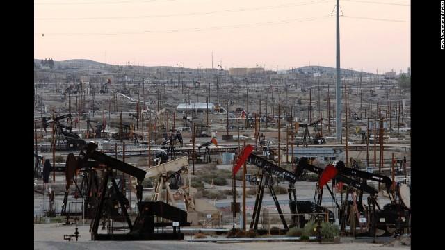 石油埋蔵量は米国が1位という試算が発表された