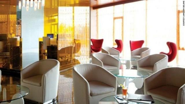 cnn co jp スパやラウンジ ワインの壁 も 世界の空港ホテル10選