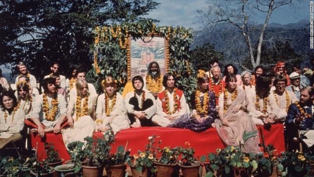 ビートルズからバンジージャンプまで、ヨガの聖地リシケシュを旅する インド
