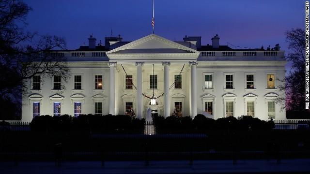 white house getty 米軍がトランスジェンダーの軍務を否定する方針で進む:多様性と戦うトランプ大統領