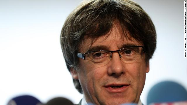 carles puigdemont カタルーニャ前首相が「反乱、扇動、公金流用」の罪で身柄を拘束される
