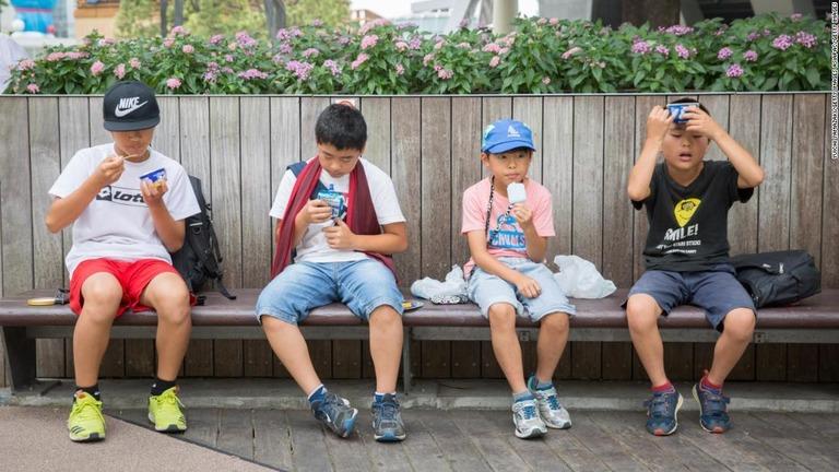 埼玉・熊谷で観測史上最高の41.1度、国内の熱中症死者相次ぐ