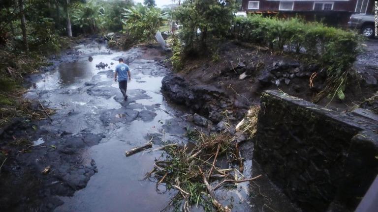 ハワイ諸島各地に大雨の爪痕を残したハリケーン「レーン」。勢力を弱め熱帯低気圧に/Mario Tama/Getty Images