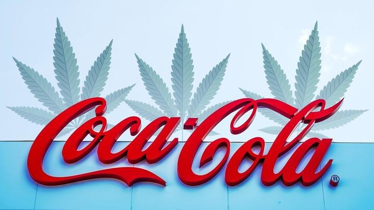 米コカ・コーラが麻薬成分入り飲料への参入を検討している/Shutterstock/CNNMoney