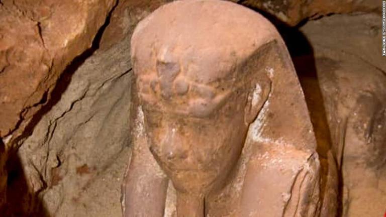 2000年前のスフィンクス像が新たに発見された/Egypt Ministry of Antiquities/Facebook