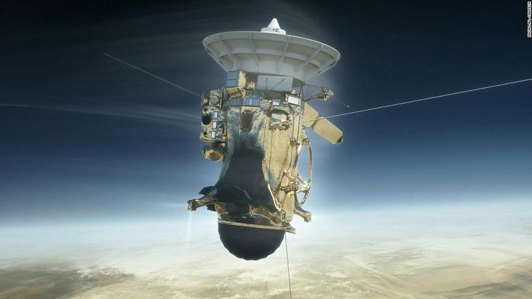 CNN.co.jp : 土星探査機カッシー...