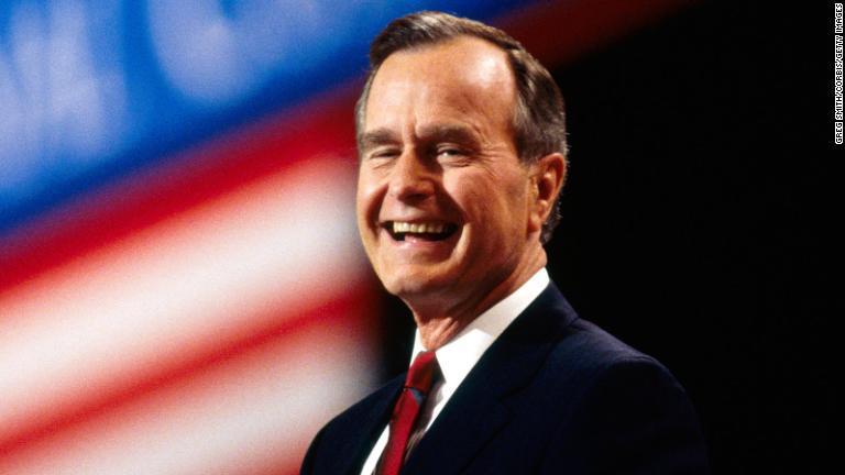 ジョージ・H・W・ブッシュ元米大統領が死去、94歳