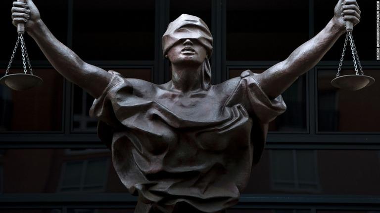 cnn co jp 今年の英単語は justice 疑惑捜査や社会運動の