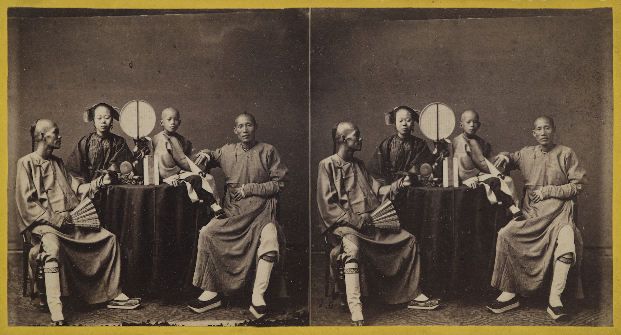 ミルトン・ミラー「商人たち」=1860年ごろ/The Loewentheil Collection of China Photography