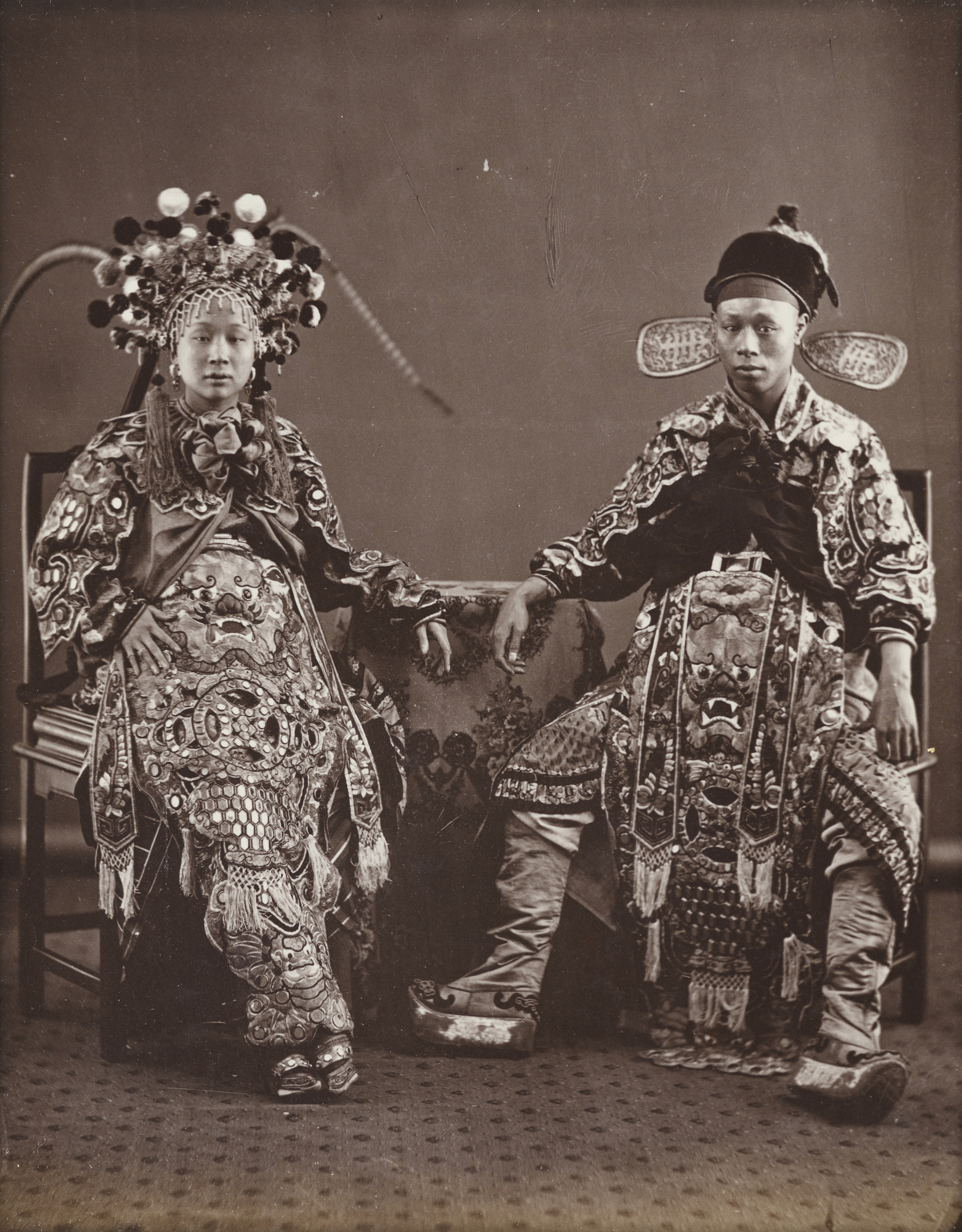 頼阿芳「役者たち」=1870年/The Loewentheil Collection of China Photography