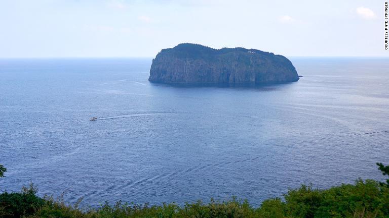 旅行者を引き付ける韓国の秘島「鬱陵島」