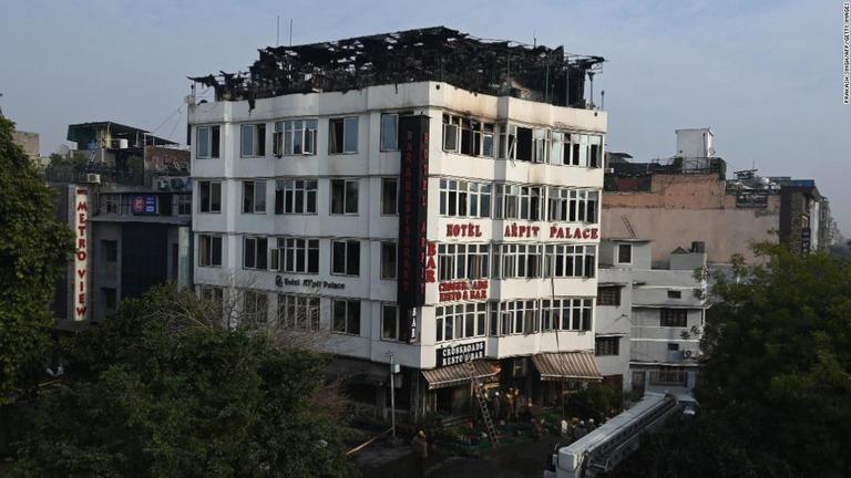 https://www.cnn.co.jp/storage/2019/02/12/82a69722e0ee0c1e6e5f35f612f4da68/t/768/432/d/india-hotel-fire-02-super-169.jpg