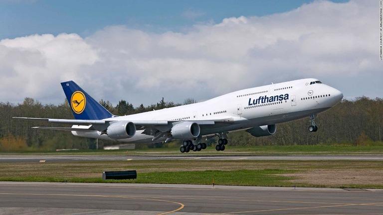 CNN.co.jp : ルフトハンザ航空、搭乗しなかった乗客を提訴