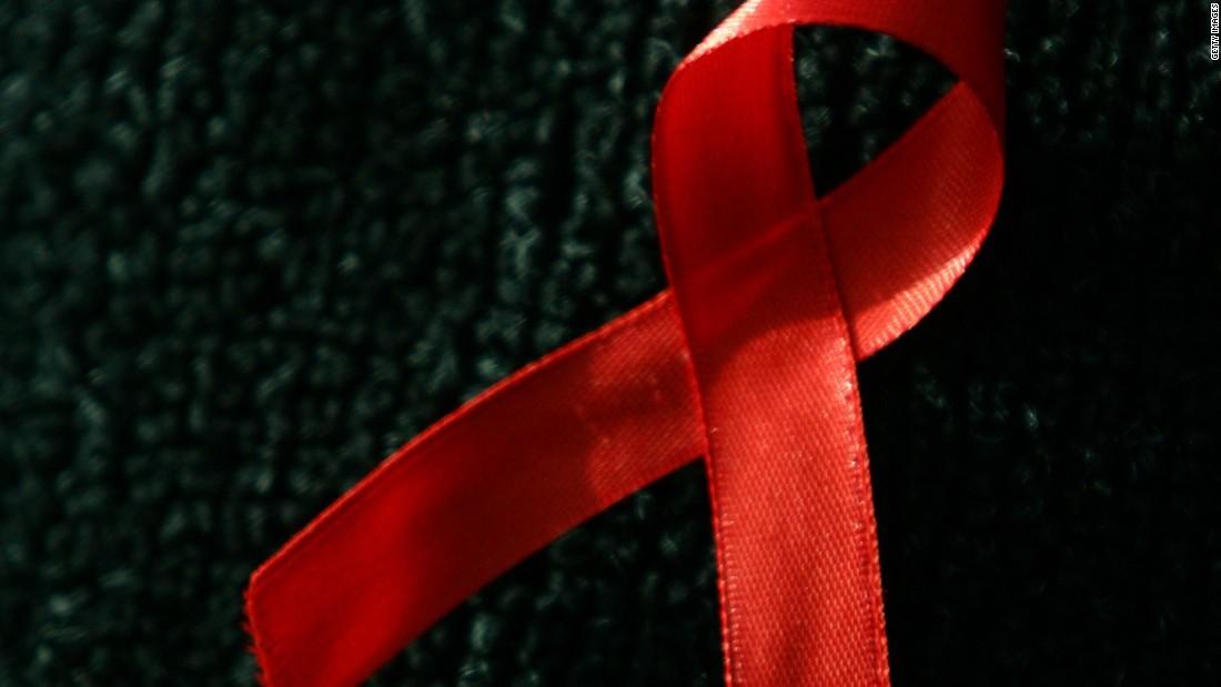 エイズ 完治