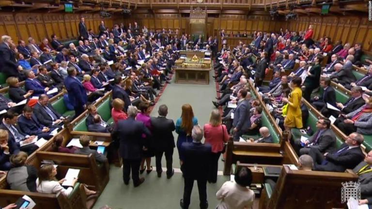 CNN.co.jp : 英議会、EU離脱案を一部採決へ 「政治宣言」は切り離し