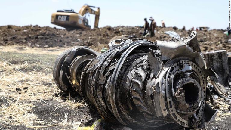 エチオピア機の墜落で、ボーイングが機体の自動制御機能に問題があったことを認めた/Michael Tewelde/AFP/Getty Images