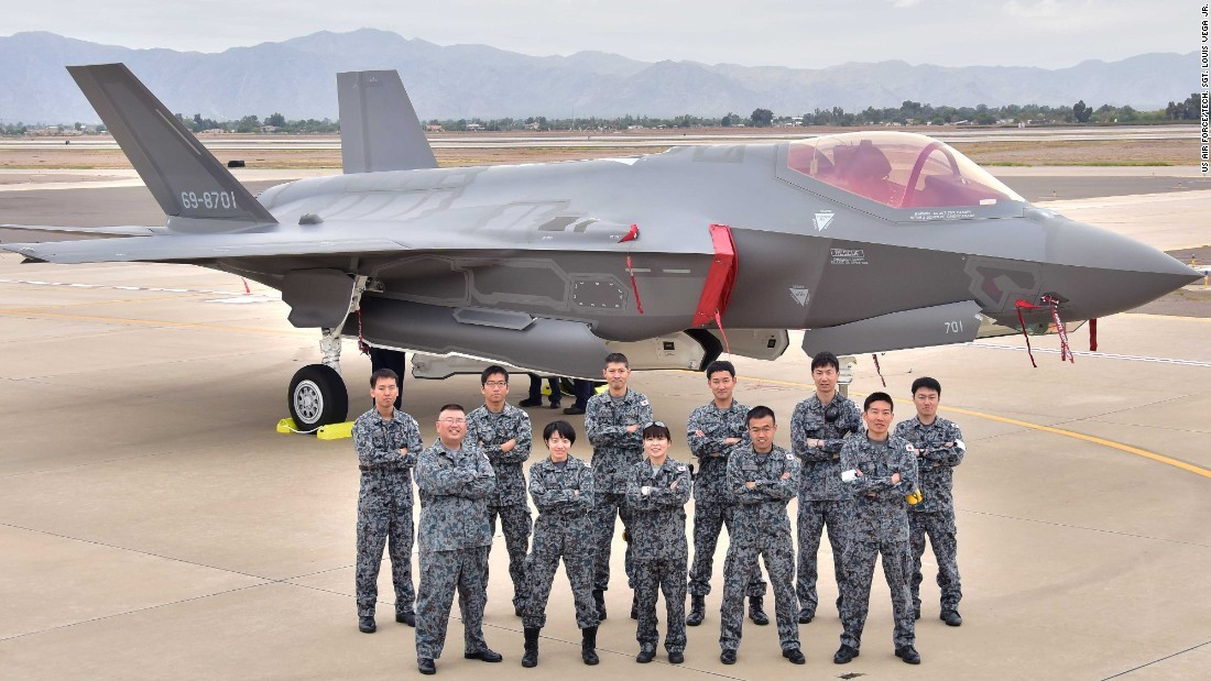 CNN.co.jp : 航空自衛隊のF35戦闘機、訓練飛行中に消息絶つ