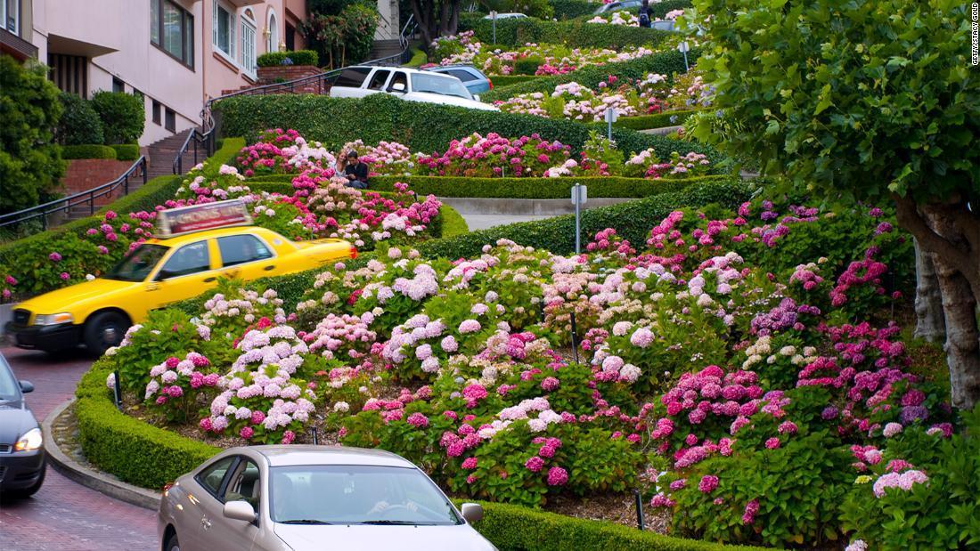 サンフランシスコの観光名所、ロンバード通り/Getty/Stacy Gold