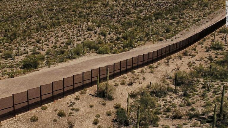 CNN.co.jp : インド人6歳女児が米メキシコ国境で死亡 インド人移民の ...