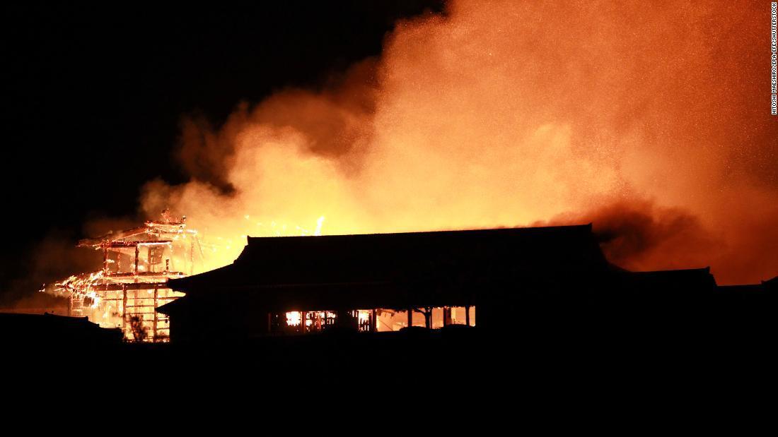 しゅり じょう 沖縄 世界 遺産 火災