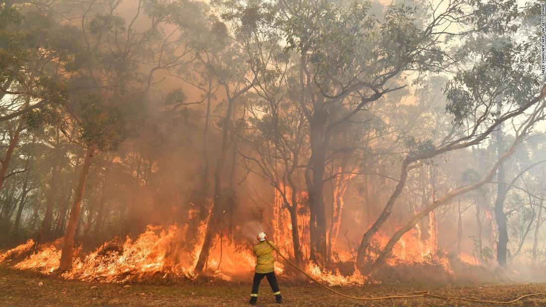 山 範囲 オーストラリア 火事