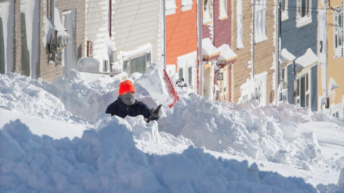 CNN.co.jp : カナダ東部で記録的な大雪、非常事態宣言続く