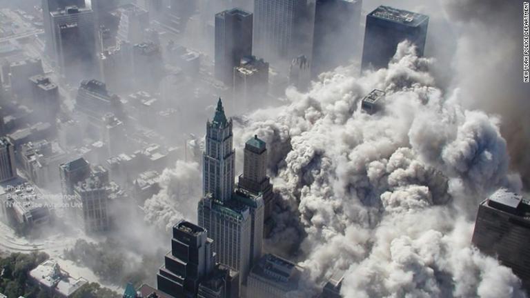 CNN.co.jp : 写真特集:米同時多発テロ、時間経過とともに振り返る ...