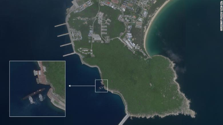 楡林基地は海南島の南端に位置する中国海軍の主要施設のひとつ/Couresty Planet Labs Inc.