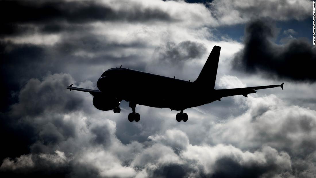 コロナ 航空機
