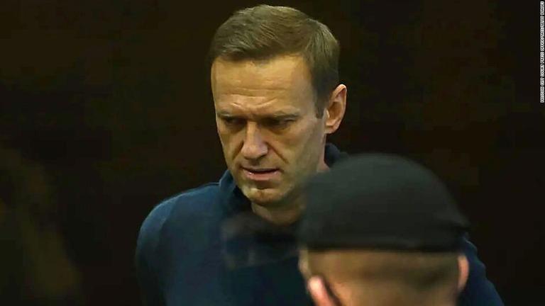 ナバリヌイ氏の毒殺未遂をめぐり、バイデン米政権がロシアに制裁を科す/Moscow City Court Press Office/TASS/Getty Images