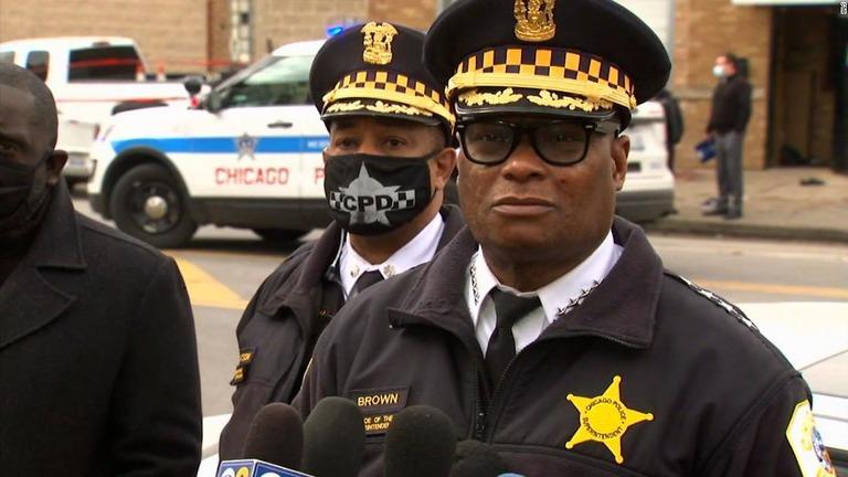 CNN.co.jp : パーティー会場で銃乱射 2人死亡、13人負傷 米シカゴ