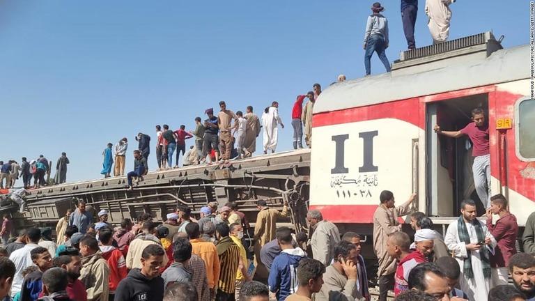 https://www.cnn.co.jp/storage/2021/03/27/1623a1f18459376690c4f6d071538c17/t/768/432/d/egypt-train-crash-0326-restricted-super-169.jpg
