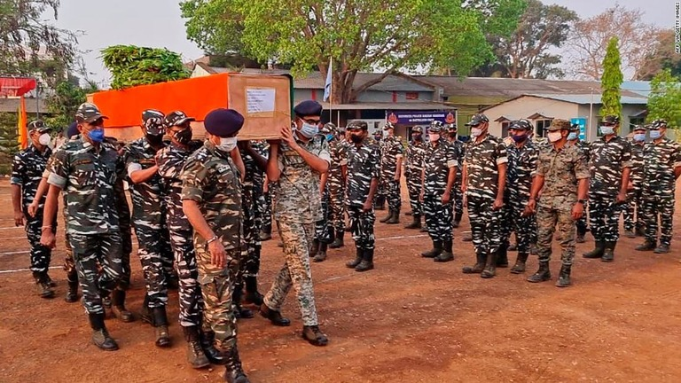 CNN.co.jp : インドで治安部隊22人死亡 毛派と4時間の銃撃戦