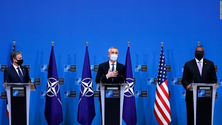 NATO、ウクライナ支持を表明 ロシアが国境付近で軍備増強