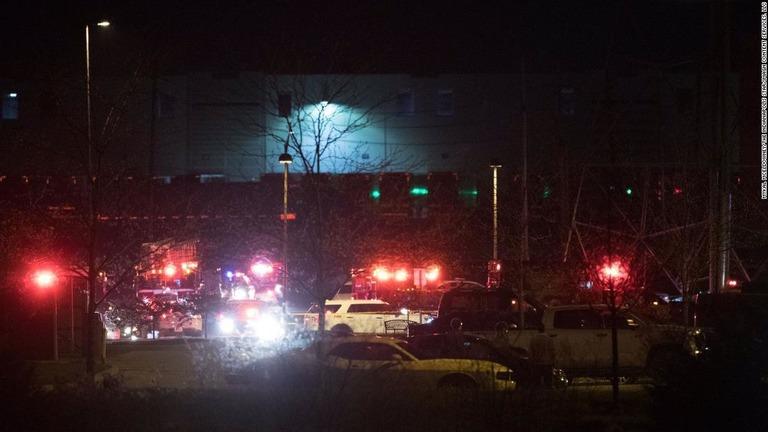 フェデックス施設での銃撃で8人死亡 米インディアナポリス