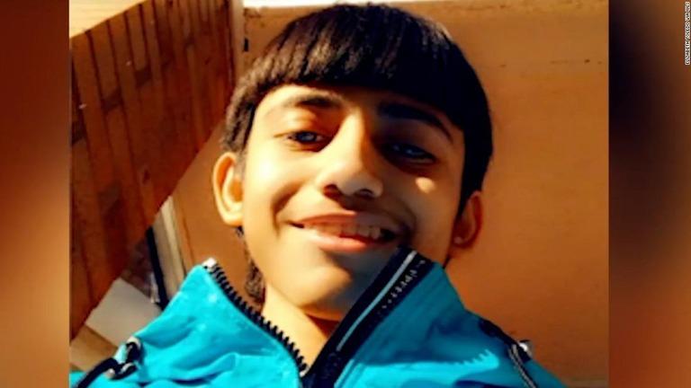 警官が13歳少年を射殺、ボディーカメラの映像を公開 米シカゴ