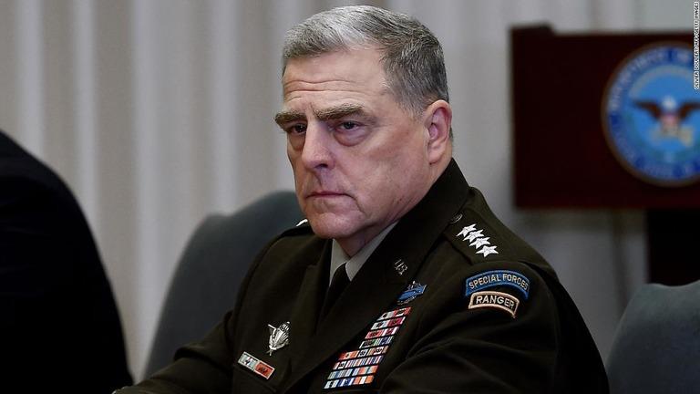 米軍制服組トップのミリー統合参謀本部議長が日韓の軍トップと会談した/Olivier Douliery/AFP/Getty Images