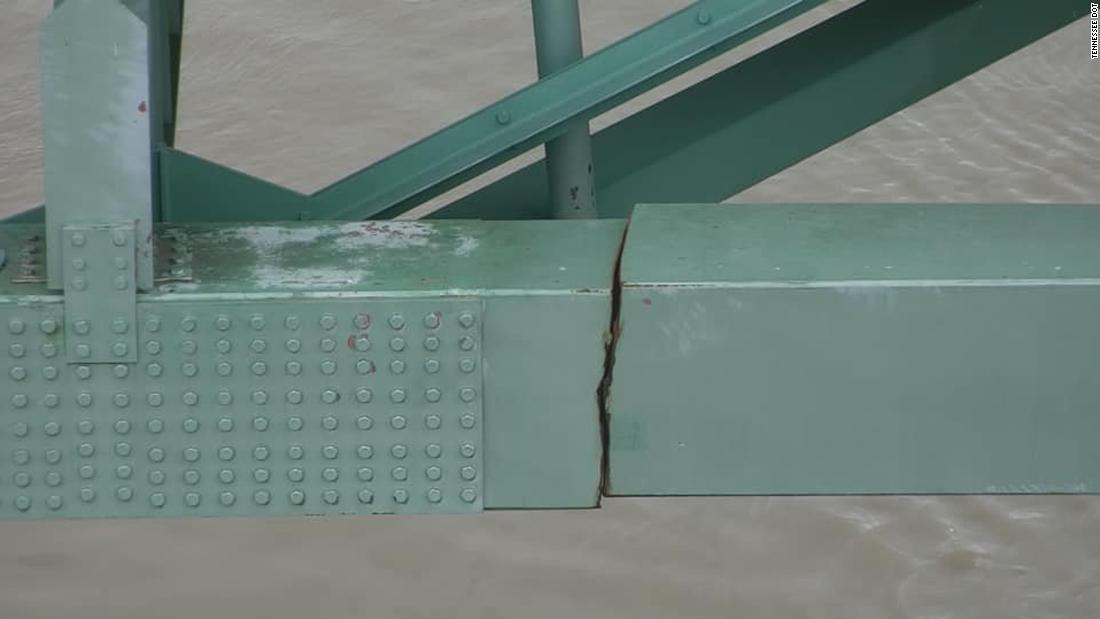 今回見つかったエルナンド・デ・ソト橋の亀裂/Tennessee DOT