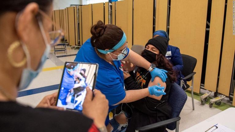 米ニュージャージー州で今月4日に行われたワクチン接種の様子/Joe Lamberti/USA Today Network/Imagn